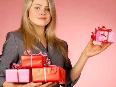 The Pros Cons Of Buying Your Mistress Gifts