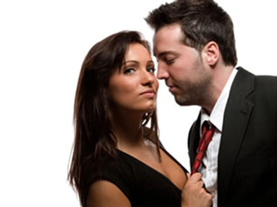 What Do Cheating Women Expect From A Discreet Affair